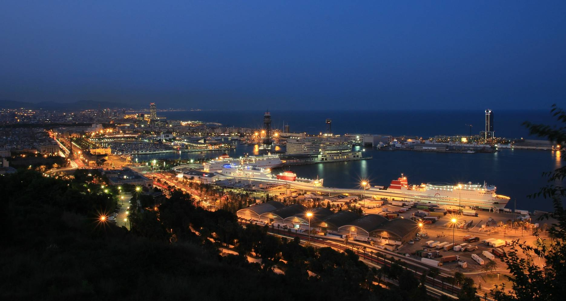Barcelona green lights test cruises in second half of June