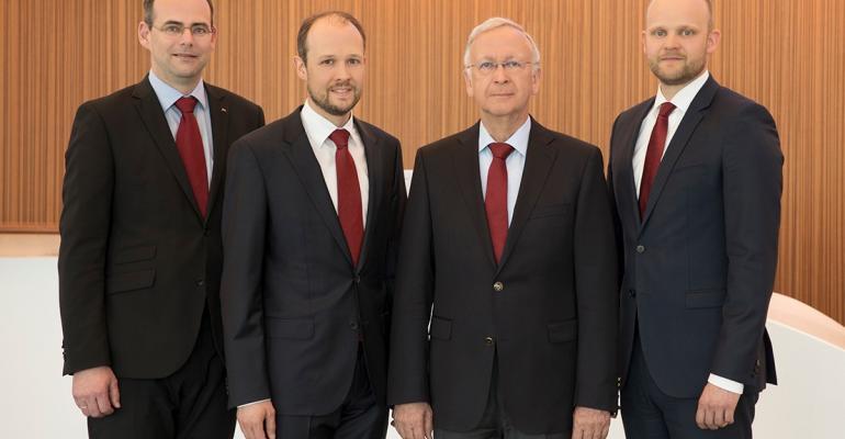 CRUISE Meyer Werft-Meyer Turku leaders.jpg