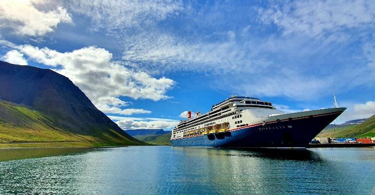 CRUISE_Borealis_Iceland.jpg