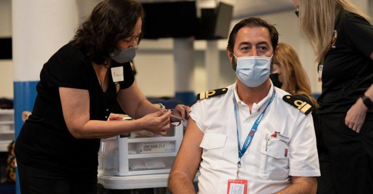 CRUISE_Galveston_Carnival_crew_vaccination_ Photo_Robert_Mihovil.jpg