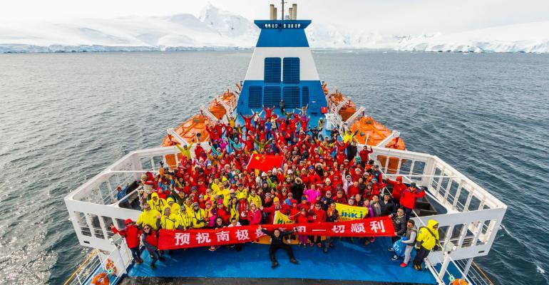 OceanAtlantic_Antarctica_Albatros_05.jpg