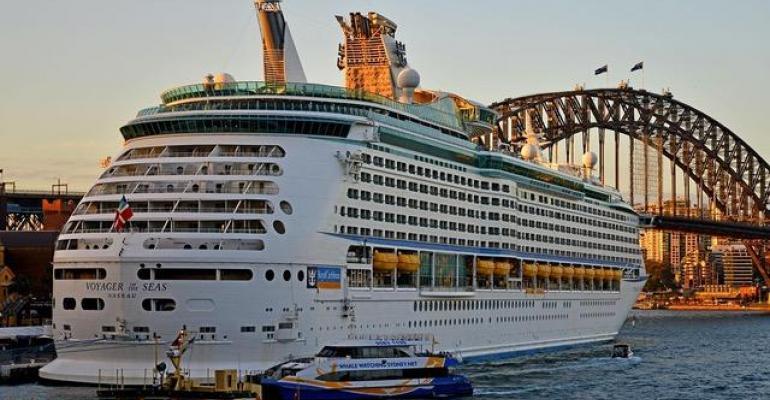 Voyager of the Seas Sydney.jpg