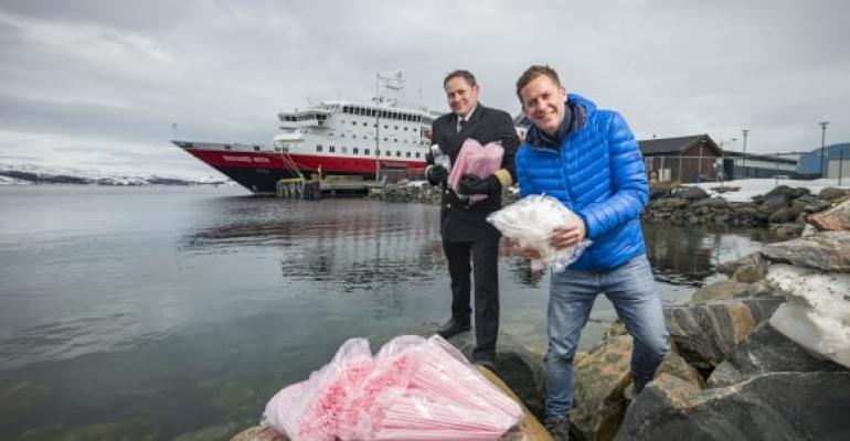 (Photo: Ørjan Bertelsen/Hurtigruten)