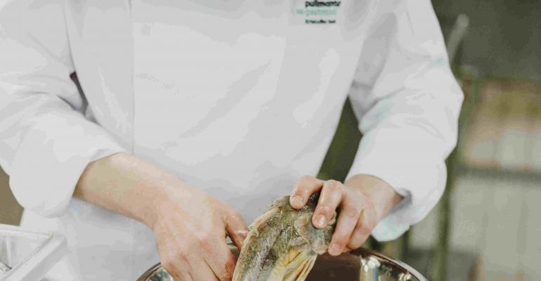Pullmantur Cruises has launched its new Mediterranean influenced, Spanish gastronomy, gala evening dinner menu