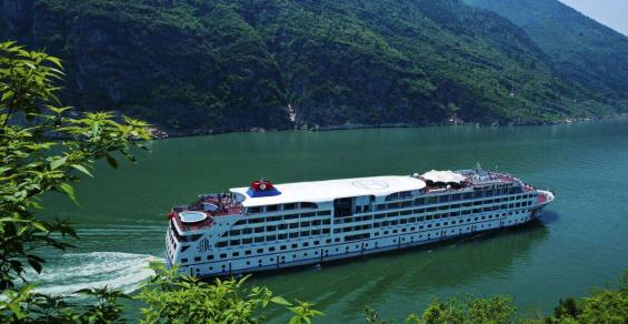 China gives green light to resume domestic cruises