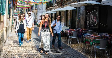 CRUISE_Intercruises_Lisbon_walking_tour.jpg
