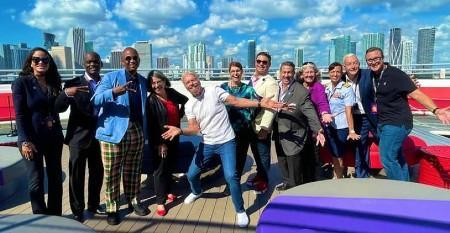 CRUISE_Miami_Dade_mayor_Scarlet_Lady_sendoff.jpg