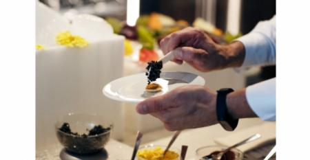 CRUISE_Silversea_caviar.jpg